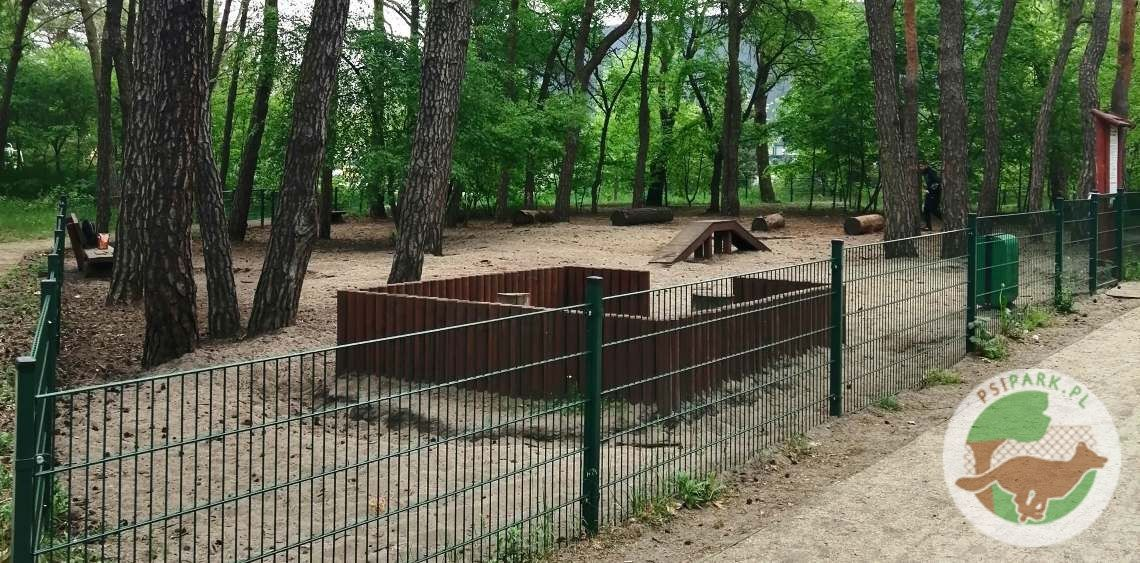 Wybieg dla psów Toruń Park Rudelka Balonowa Góry Zajęcze psiPARKpl